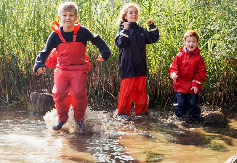 The Pros and Cons of Forest School | Muddy Puddles